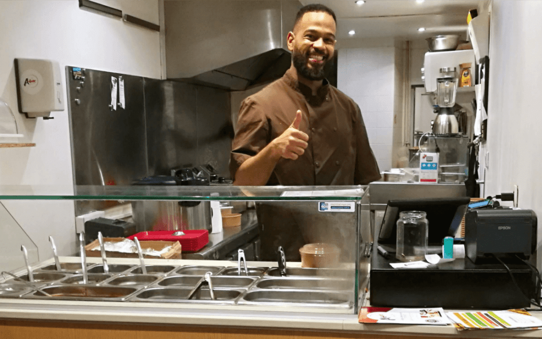 Comment obtenir plus de 10k abonnés sur Instagram pour son restaurant grâce aux influenceurs